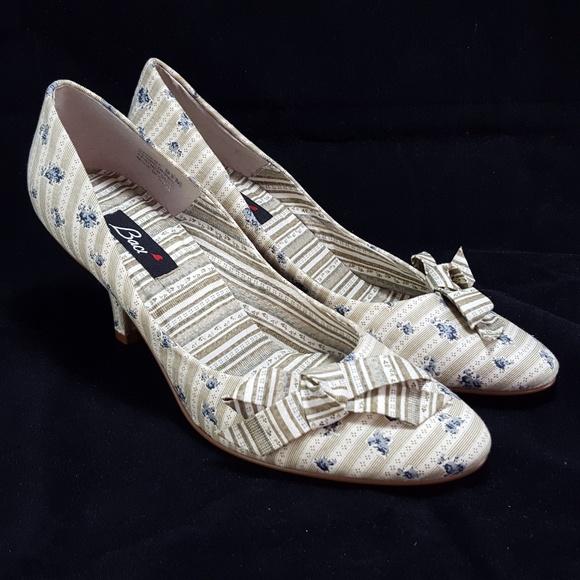 92747490495 Baci Shoes - Baci Heels 9.5M Striped Floral Fabric Bow Pumps